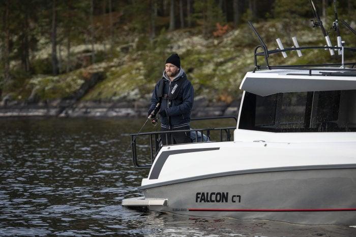 Bella Falcon C7 Cabin voll