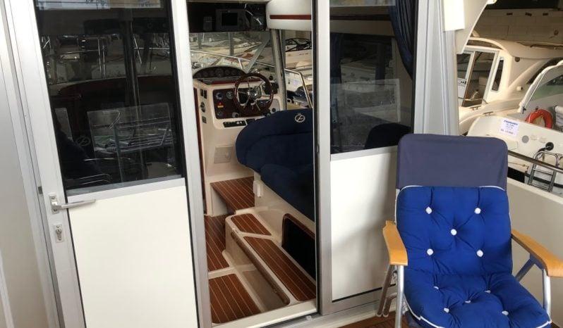 Aquador 28 Cabin voll