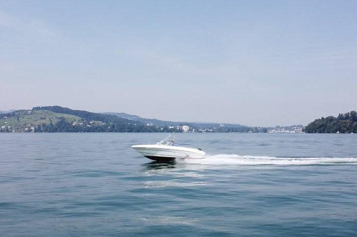 Sea Ray 210 Bowrider voll