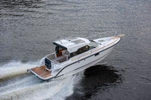 Aquador 25 HT Hardtop Boot-266