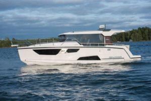Aquador 35 AQ Hardtop Cabin Kabine Boot-280