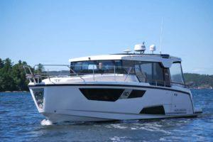 Aquador 35 AQ Hardtop Cabin Kabine Boot-320